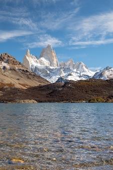 ロスグラシアレス国立公園、サンタクルス州、パタゴニア、アルゼンチン、フィッツロイ山。