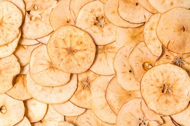 乾燥したアップルチップの背景。