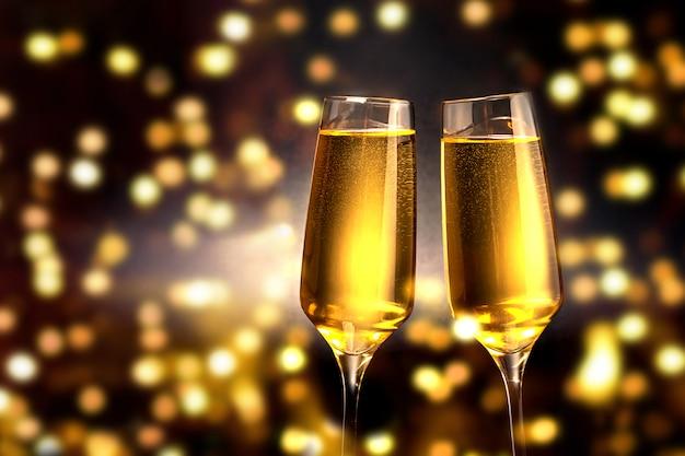 Бокалы шампанского