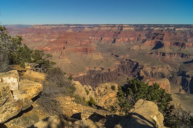Удивительный вид на большой каньон
