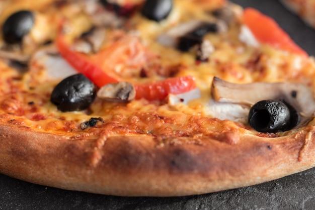 ピザ、食べ物、野菜、マルガリータ。