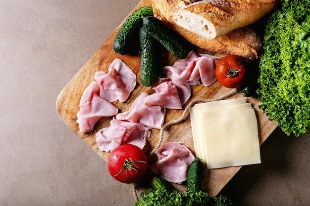 サンドイッチを作るための材料