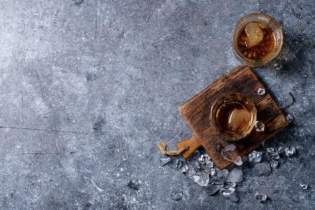 Стакан ирландского виски