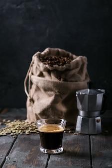 新鮮なエスプレッソコーヒー