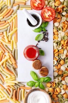 料理の原材料:イタリアのペンネパスタ