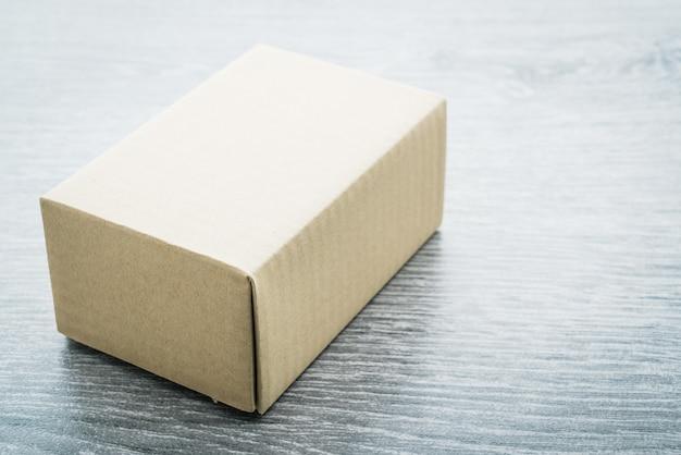 Коричневая коробка макет