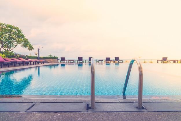 Лестничный бассейн