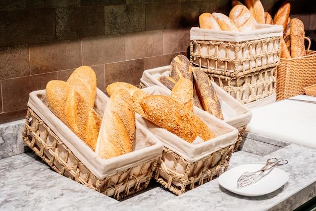 朝食用のパン