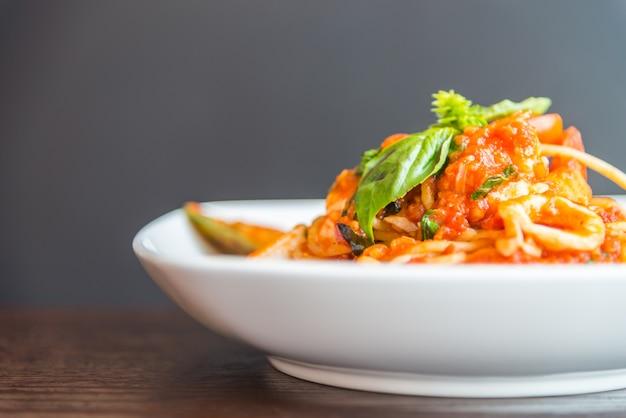 Спагетти-морепродукты