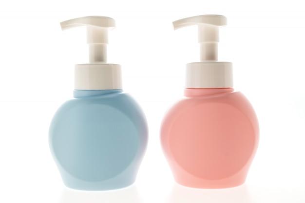 化粧品ボトル