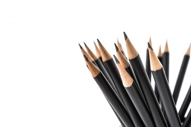 白い背景で隔離の鉛筆
