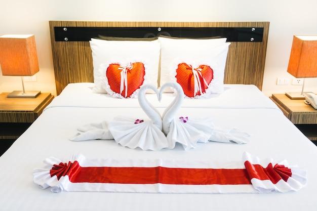 ロマンチックな寝室