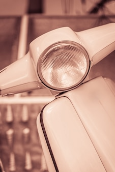 Винтажная фара для мотоцикла