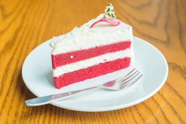 赤いベルベットクリームケーキ