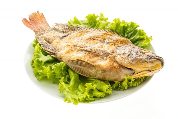 新鮮な魚のグリル