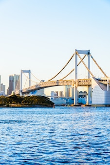 東京都のレインボーブリッジ