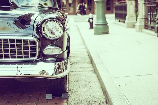 ヘッドライトランプ車