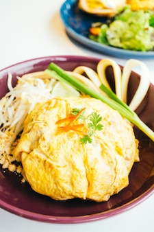 エッグラップパッドタイ麺