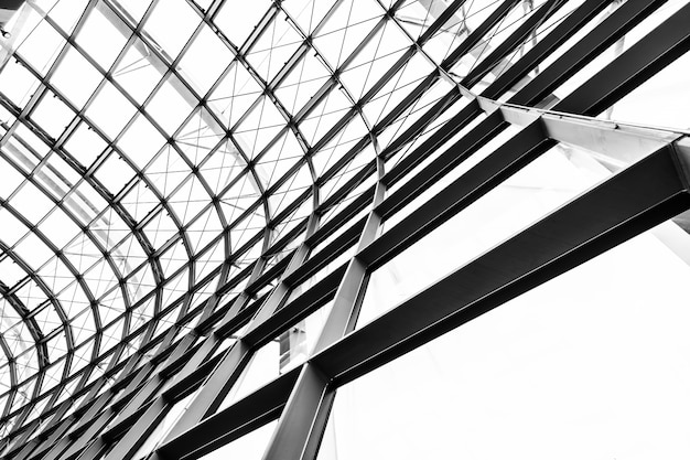 抽象的なガラス窓屋根建築外装