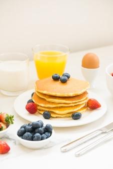 健康的な朝食セット
