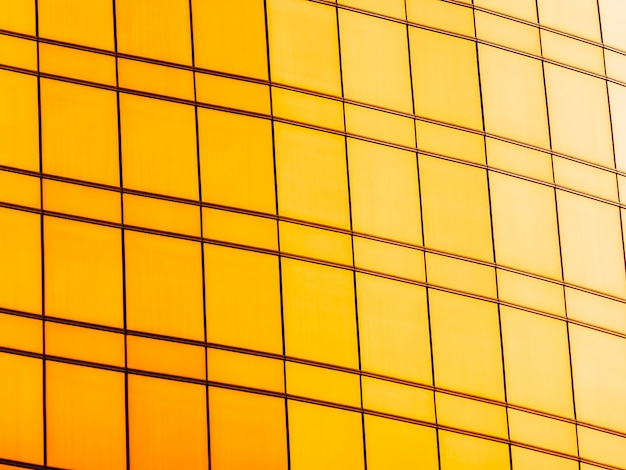 建築事務所ビルの抽象的な窓ガラス外装