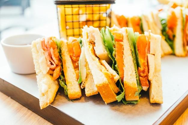 サンドイッチチキン