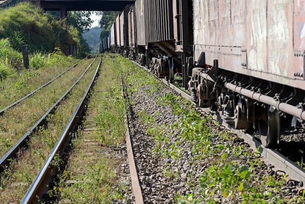 運用中の貨物列車