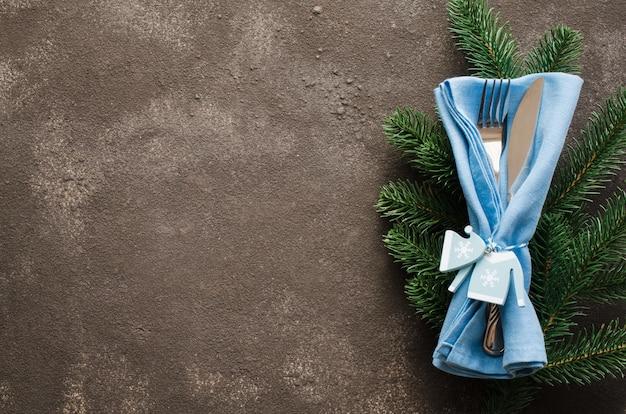 クリスマステーブルの設定。