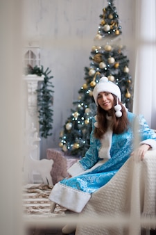 お祝い、クリスマス、新年、冬の時間、休日、サンタクロース、雪の乙女、驚き