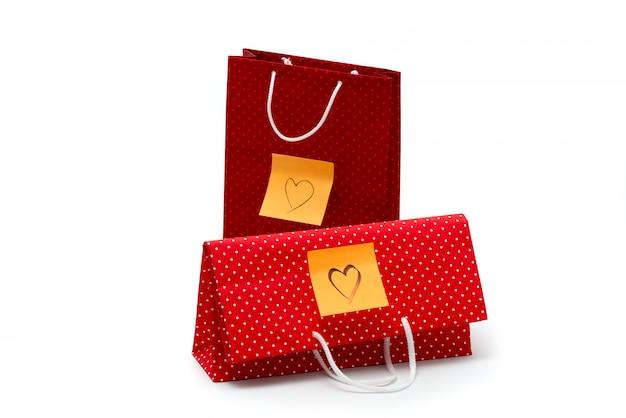 心と記念日の贈り物は、バレンタインデーのプレゼントを分離しました。