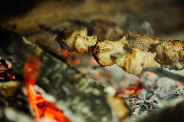 焼き肉のグリル