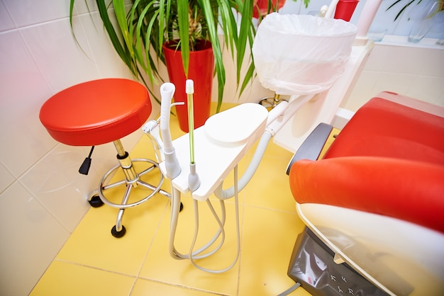 歯科用機器、歯科、歯の治療と修復のための医療機器、医学と健康