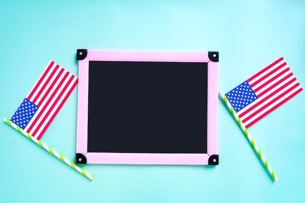 幸せな大統領の日、コピースペースフレームとアメリカの米国旗