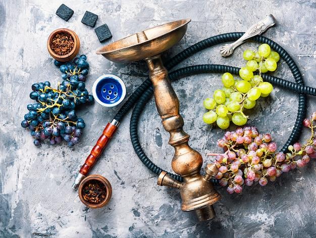 Кальян с ароматом винограда