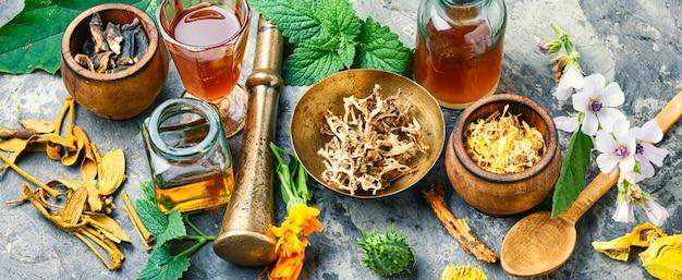 Травяное натуропатическое лекарство