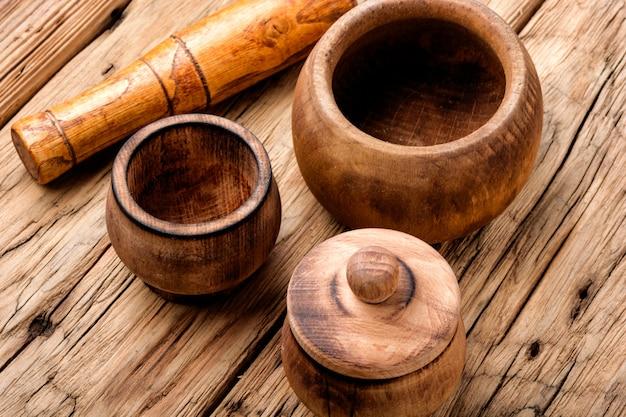 Деревянная ступка и пестик