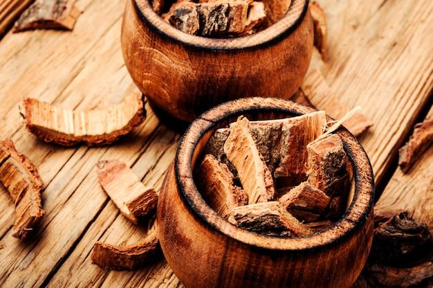 乾燥オーク樹皮