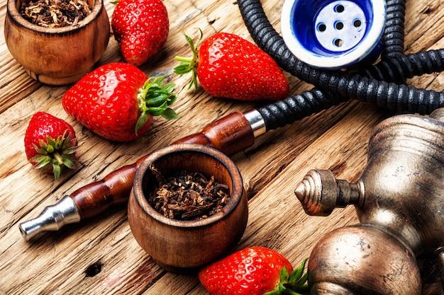 イチゴの喫煙ギセル