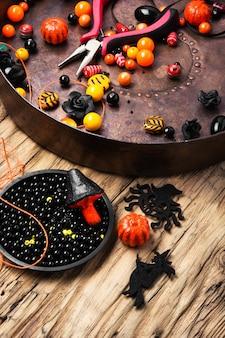 Изготовление украшений на хэллоуин