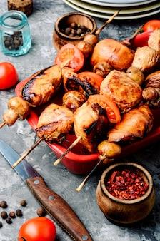 チキンシシカバブの串焼き
