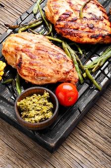 健康鶏胸肉のグリル