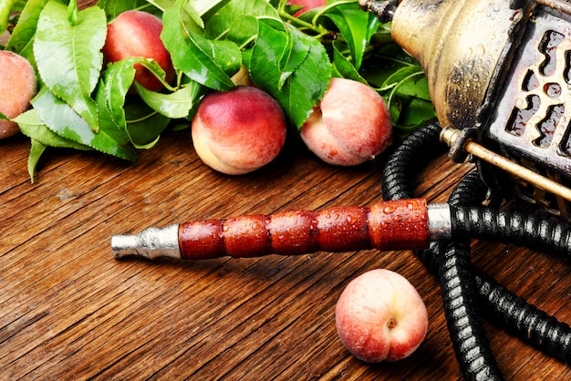 桃と東部のシーシャ