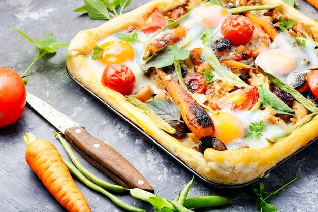 おいしい新鮮なピザ