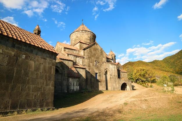 アルメニアのロリ県にあるハフパット中世修道院のスルブ・ニシャン大聖堂