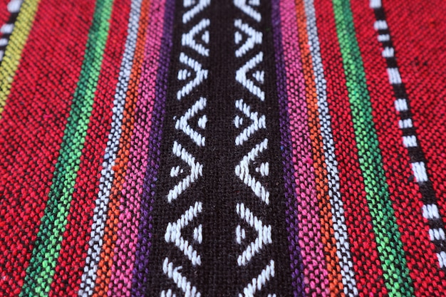 カラフルなタイ北部地域の織物の質感とパターン
