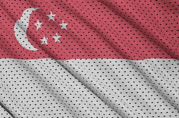 ポリエステルナイロンスポーツウェアメッシュ生地にシンガポール国旗を印刷