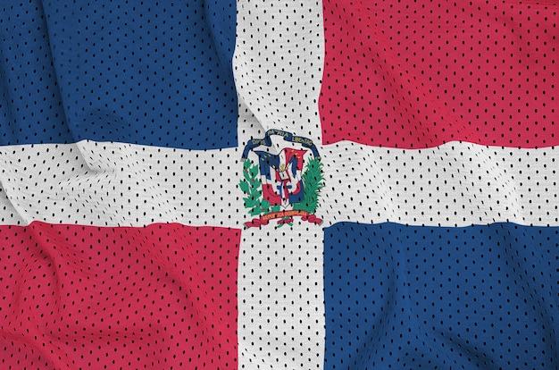 Флаг доминиканской республики на полиэфирной нейлоновой сетке