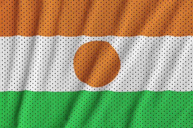 ポリエステルナイロンスポーツウェアメッシュ生地に印刷されたニジェールの国旗