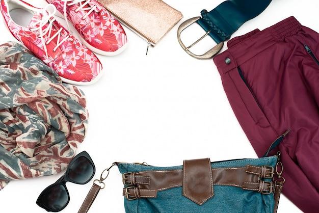 女性服カジュアルスタイルのセットです。