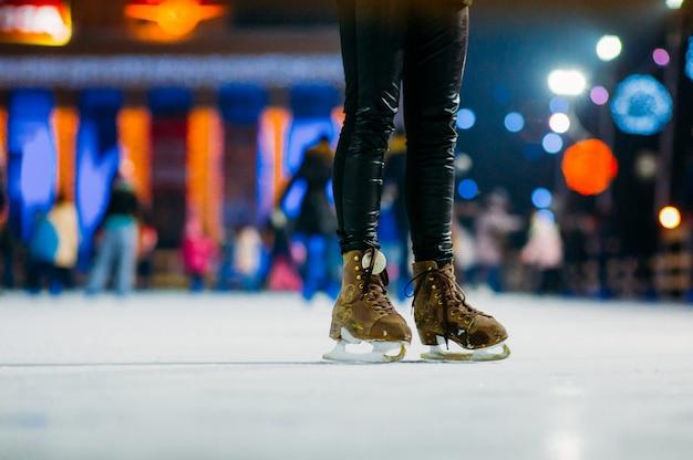 アイスリンクでスケート